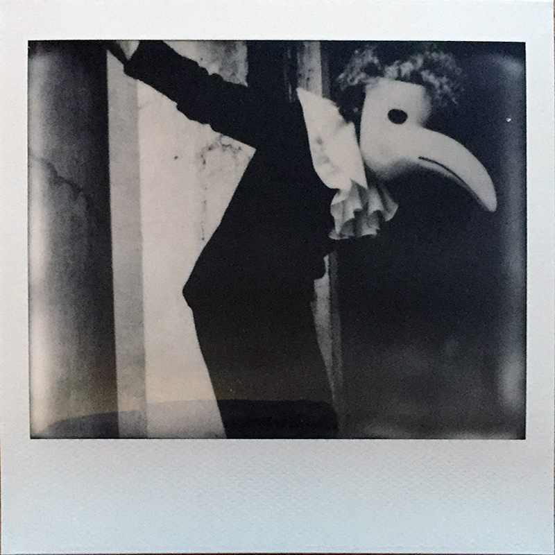 LIGHTLEAKS beak Spectra!   A really cool Polaroid camera  Image of beak