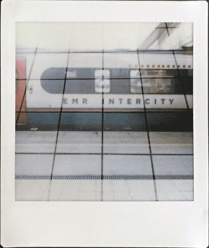 LIGHTLEAKS 2 Instax Square SQ10 a Hybrid Camera  Image of 2